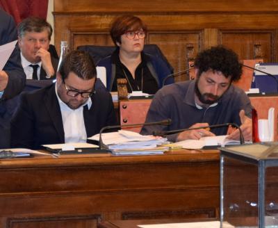 Rifiuti, le domande del Pd dopo il silenzio del sindaco Ghinelli